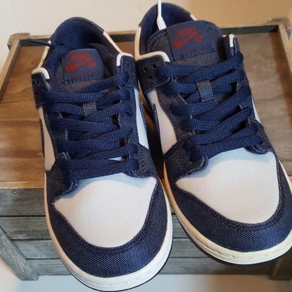 51deb8bab7d Nike SB Dunk Low Denim Sz 6.5 854866-444
